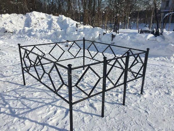 Ограда металлическая Б115