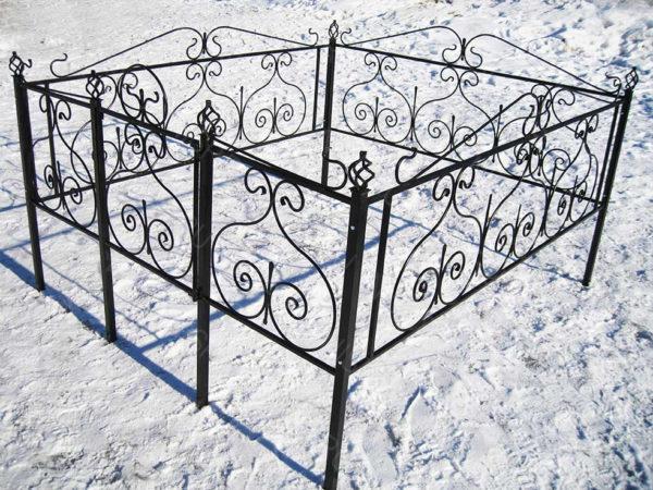 Ограда металлическая Б116