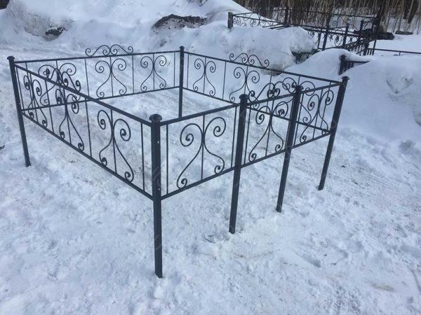 Ограда металлическая Б119