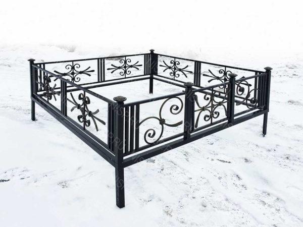 Ограда металлическая Б1132